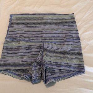 Size 4 cute lulu shorts